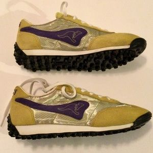 Immaculate condition Kangaroo casuals.